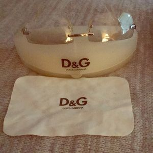 Dolce & Gabbana sunglasses, case & cleaning cloth.
